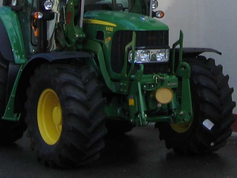 FORAGRI s.r.o. - prodej zemědělské, lesnické a komunální techniky.